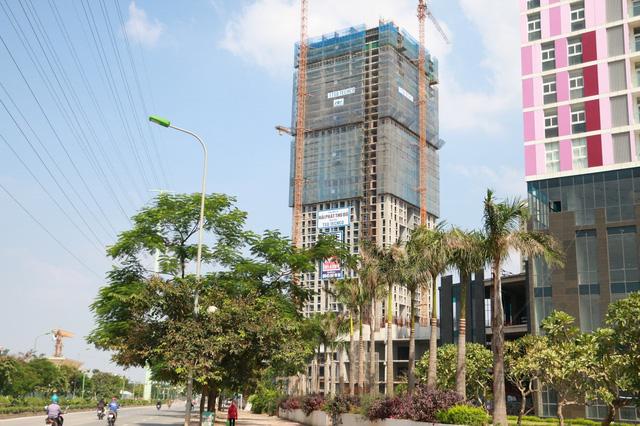 Theo tính toán sơ bộ của chủ dự án, ngoài tiền chuyển nhượng và thanh toán nợ hàng trăm tỷ đồng Hải Phát đã chi ra, công ty đã phải rót thêm không dưới 700 tỷ đồng để xây xong phần thân dự án trong vòng 01 năm qua.